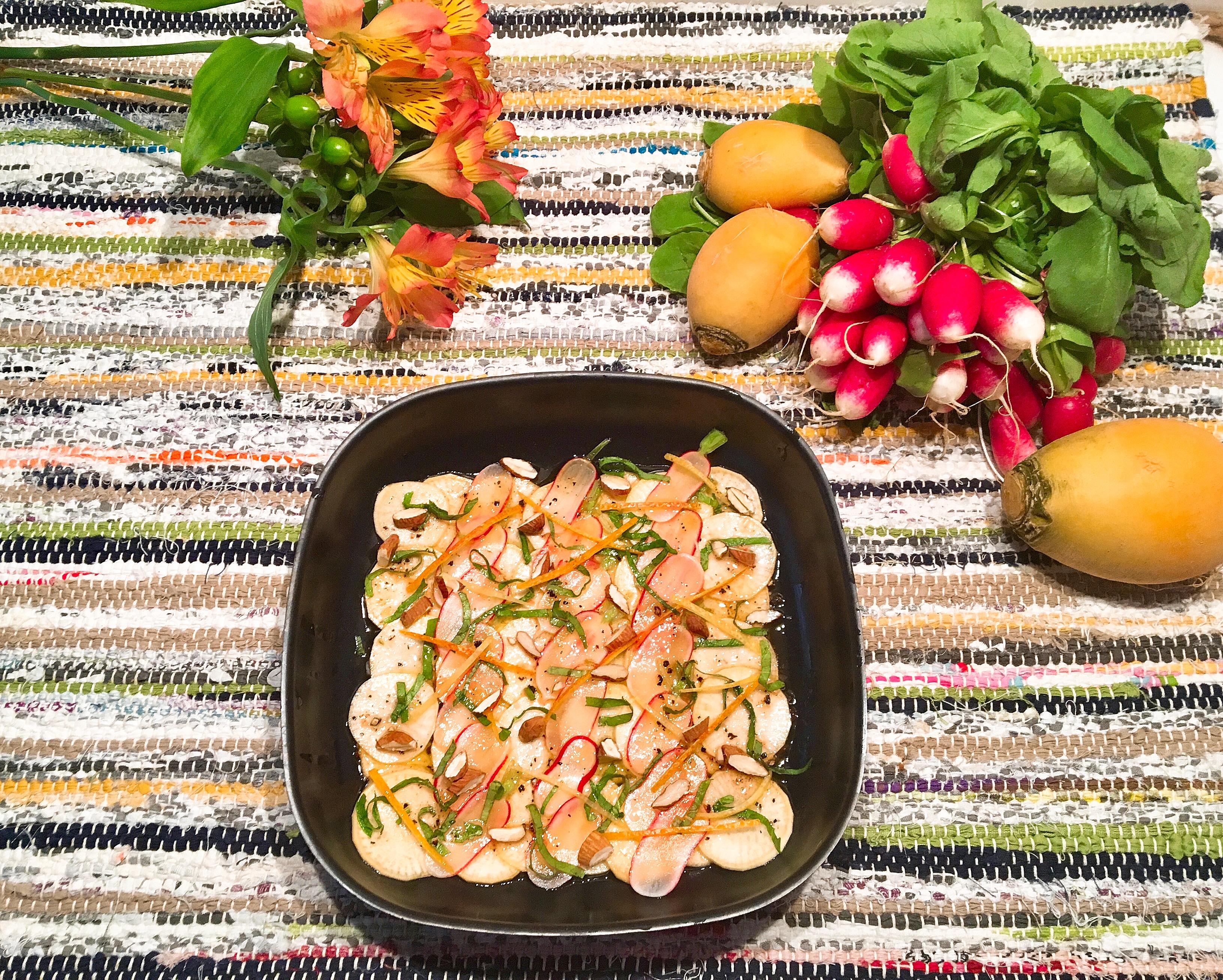 Tartare de navets jaunes et de radis marinés aux agrumes
