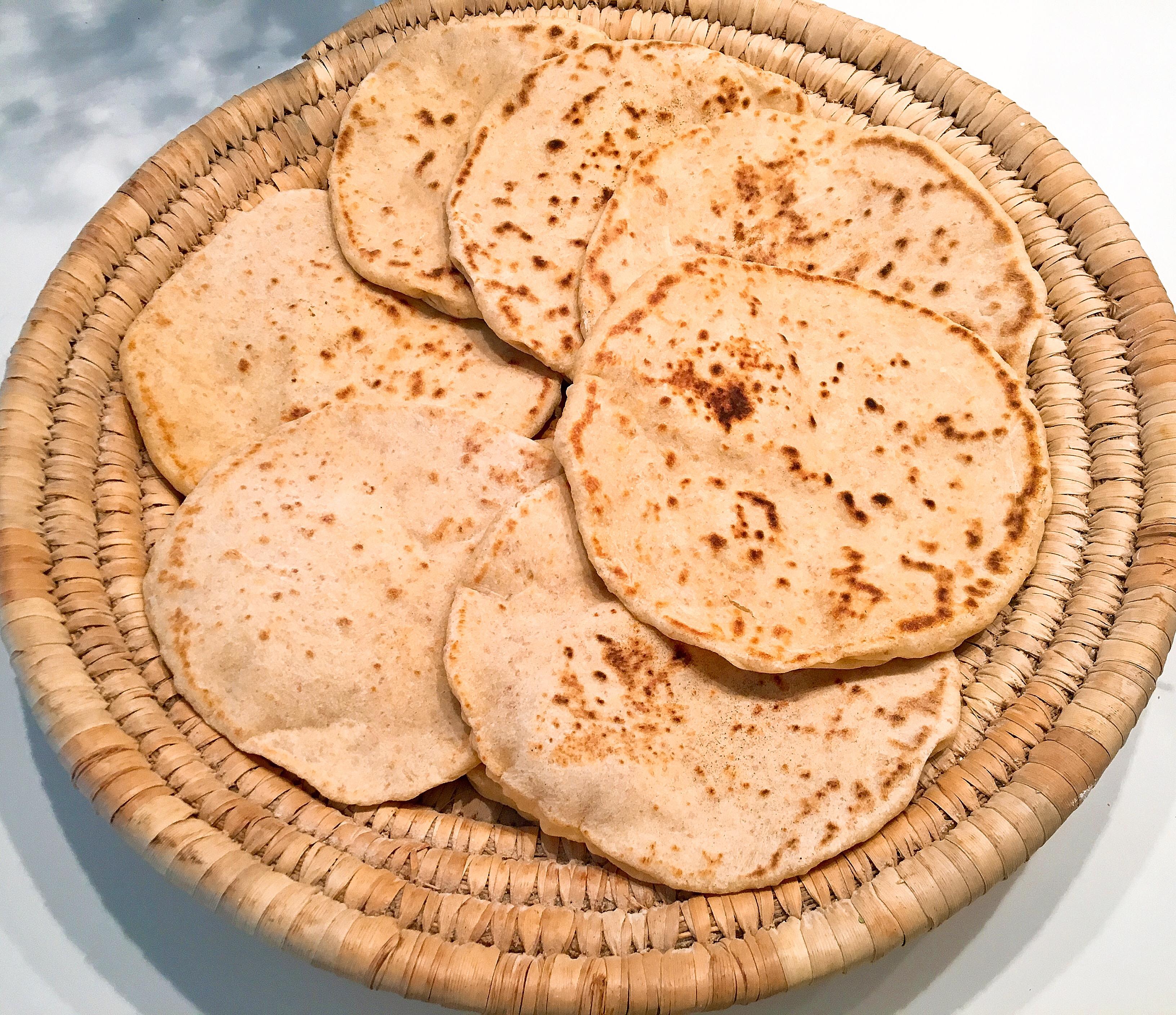 Naans à la farine complète