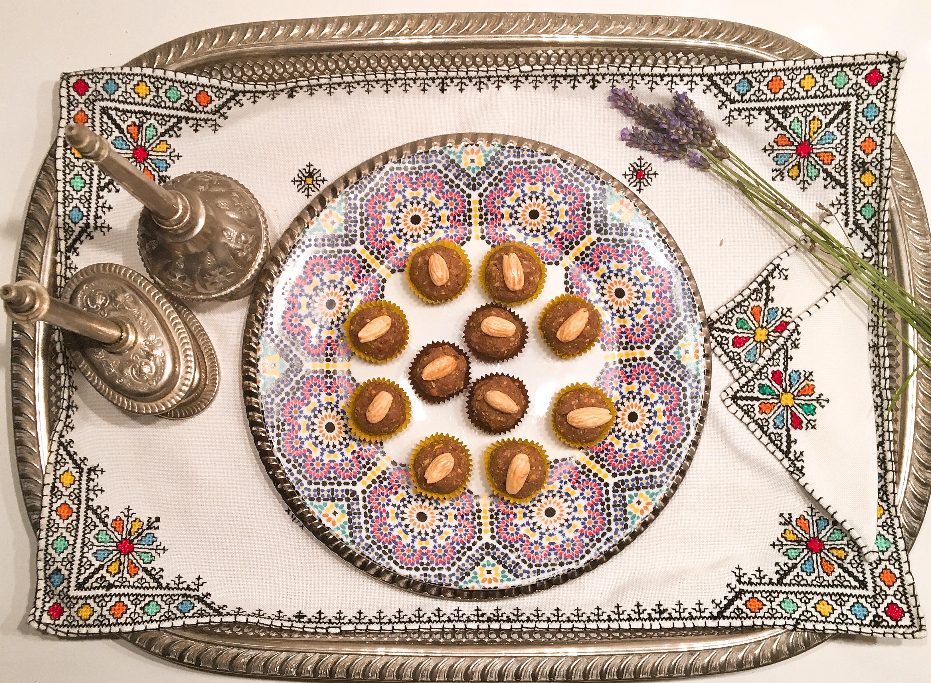 Sellou (sfouf) au muscovado, graines de lin et argan