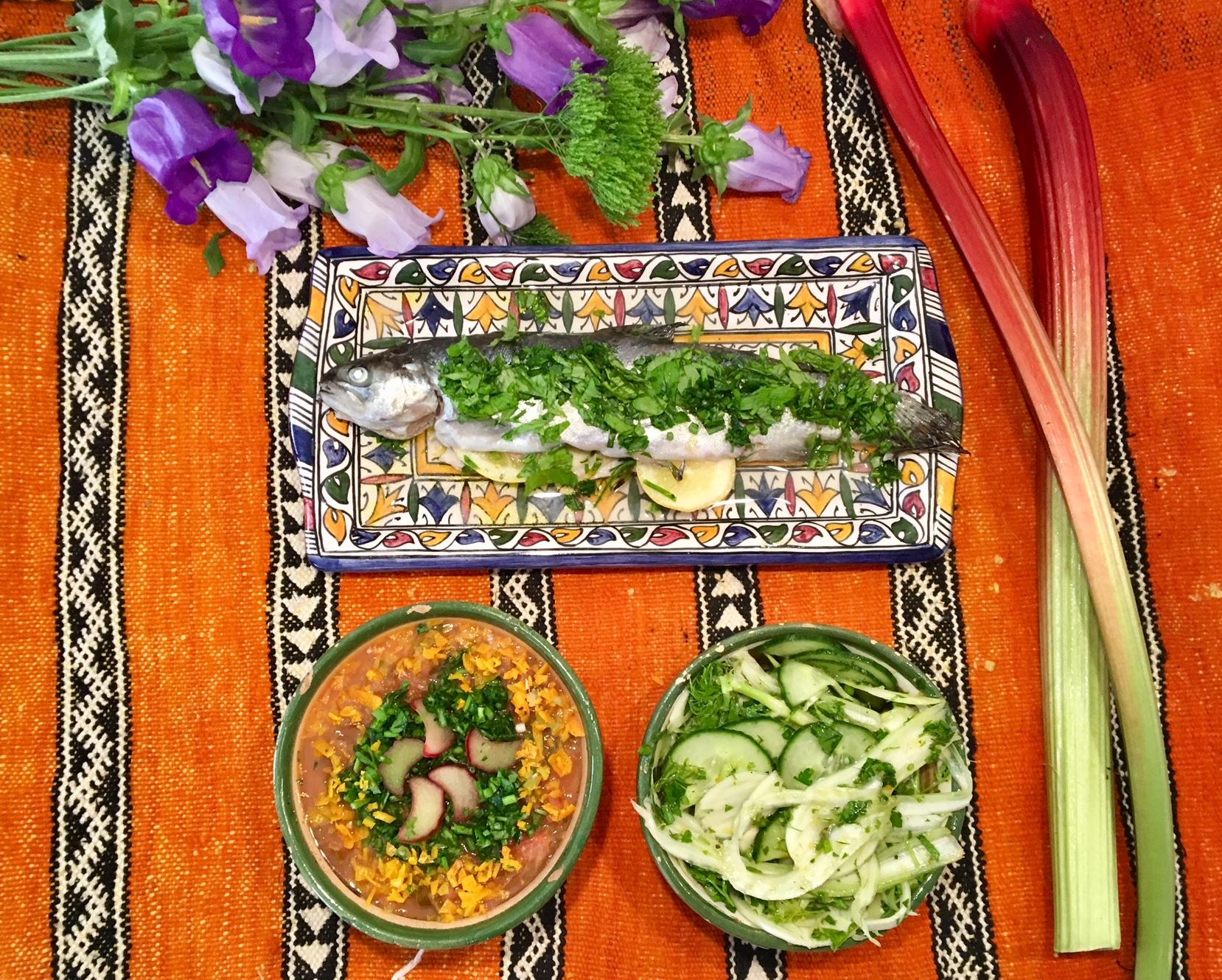 Truite en Papillote, sauce à la rhubarbe, carpaccio de fenouil