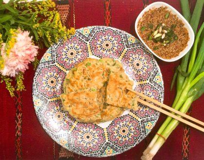 Crêpes un peu coréennes au kimchi et aux oignons nouveaux