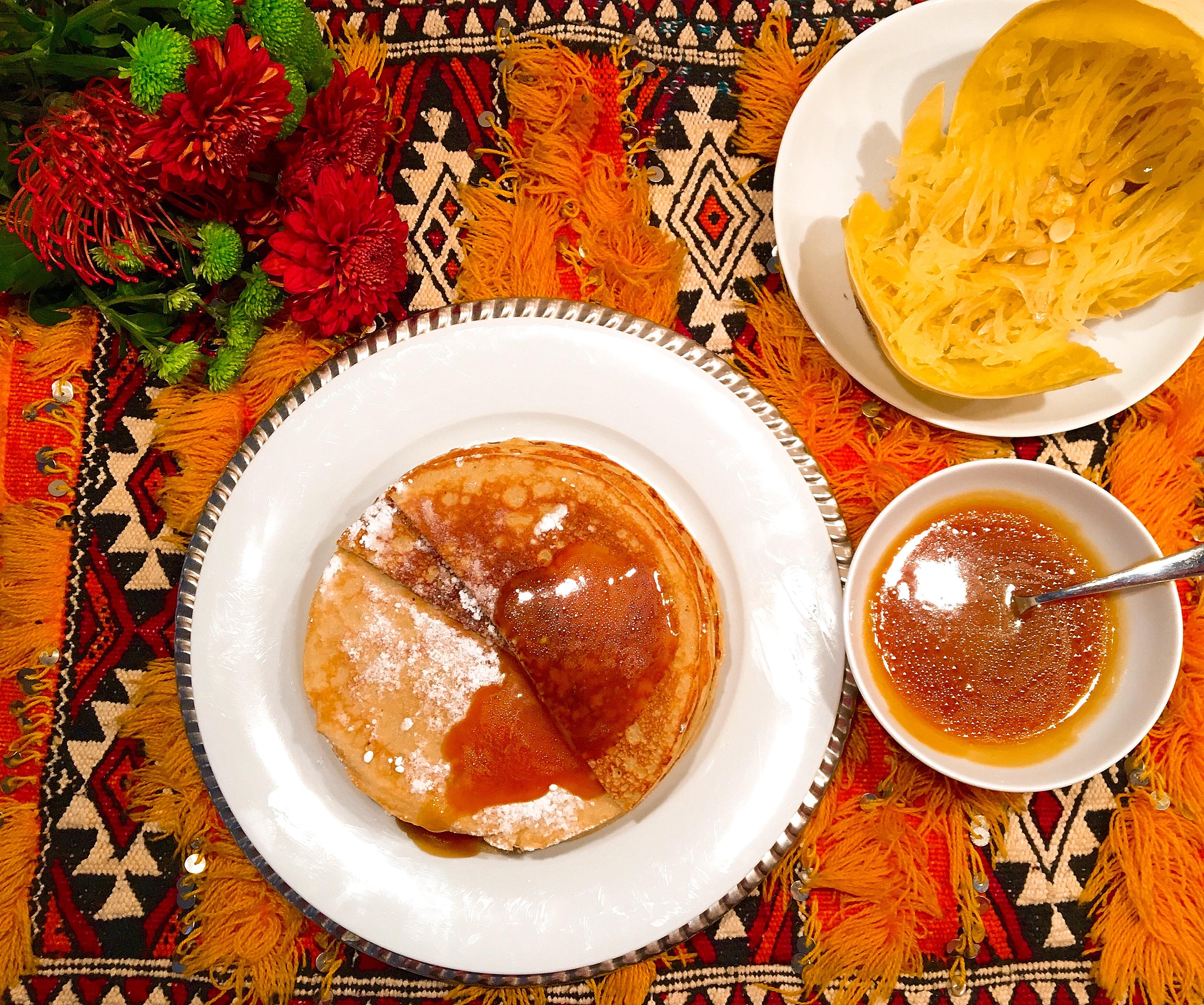 Crêpes à la courge spaghetti, sauce caramélisée à l'orange