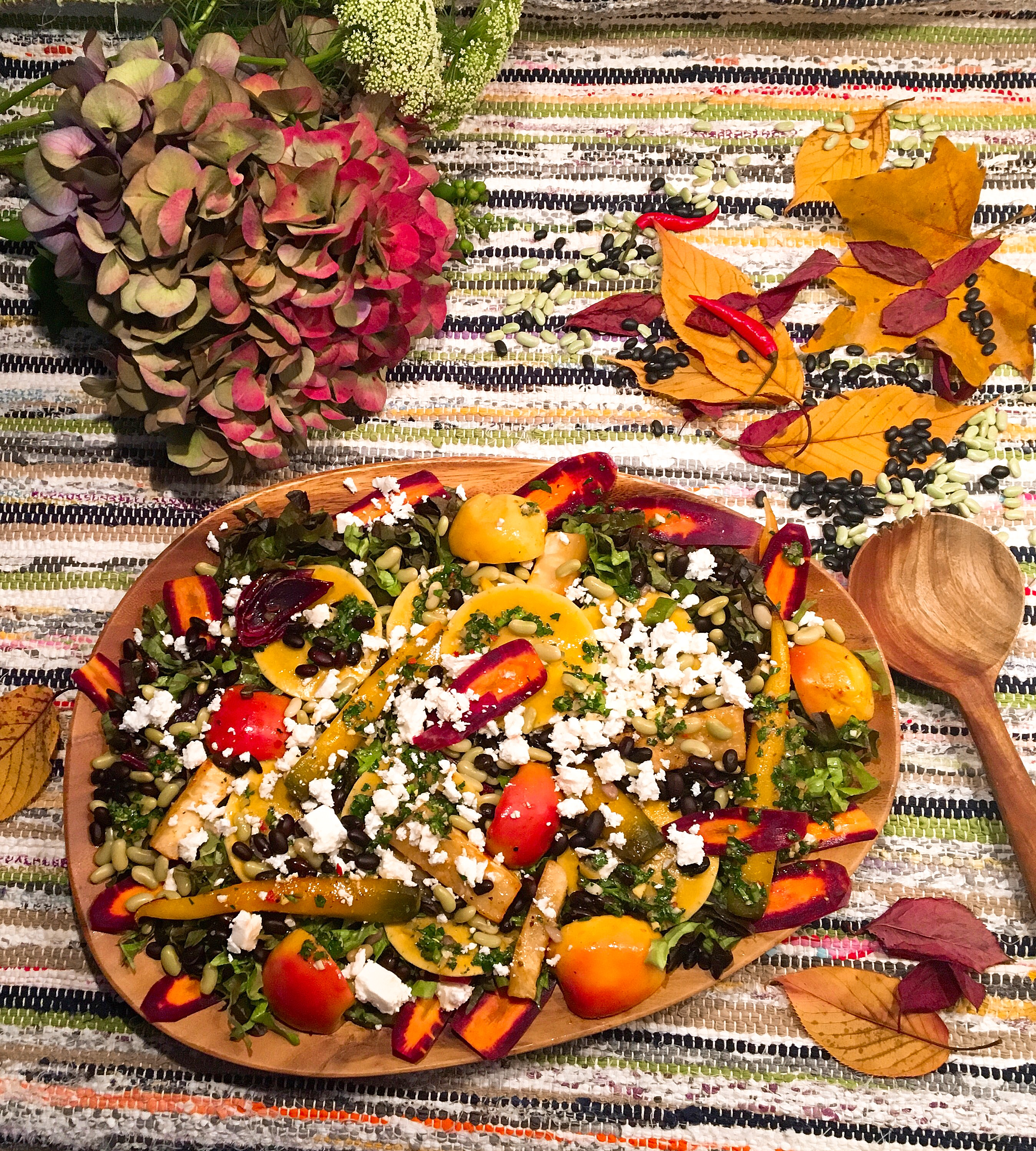 Grande salade d'automne aux deux haricots, vinaigrette aux citrons confits