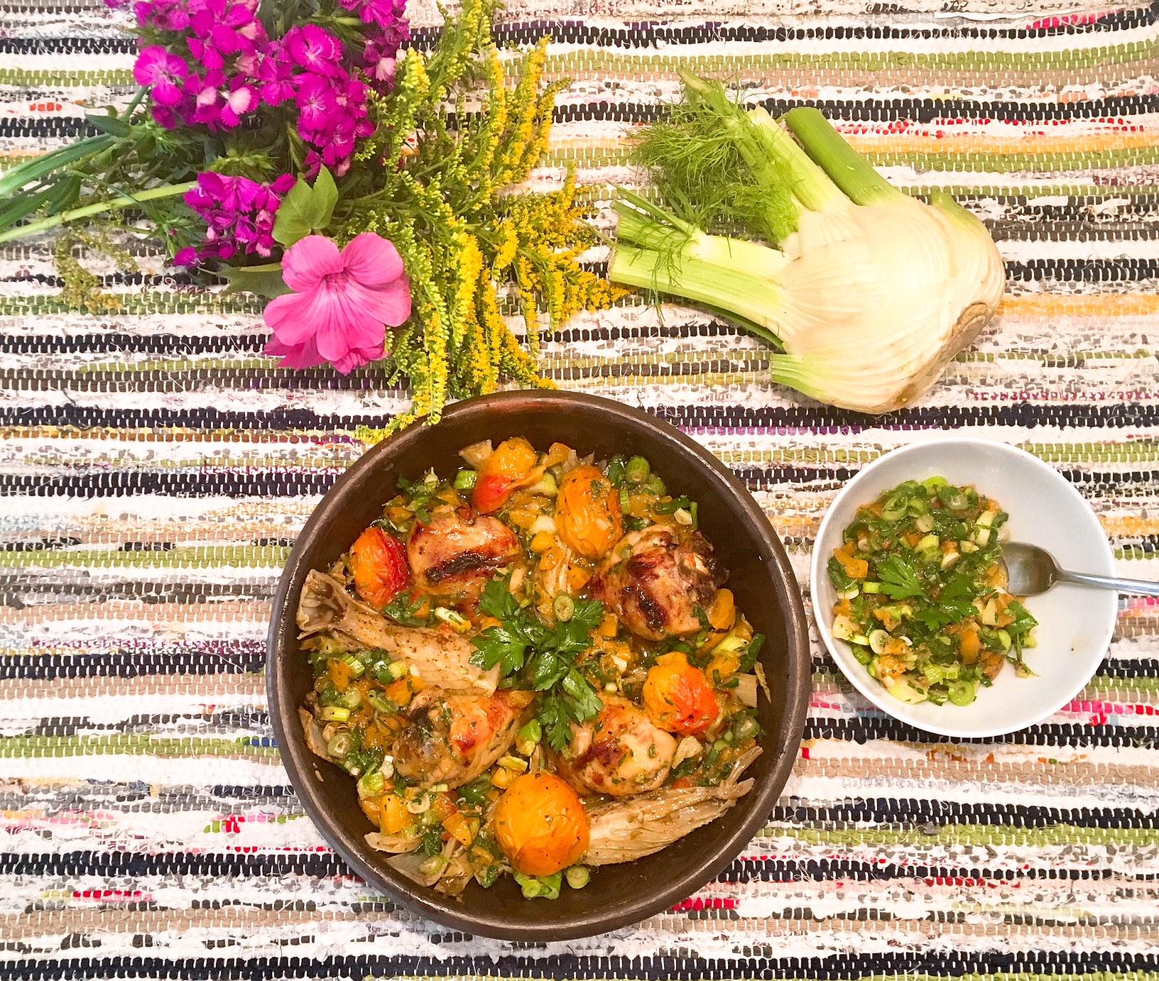Pilons de poulet rôtis au sumac, fenouil et abricots